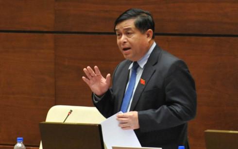 Bộ trưởng Nguyễn Chí Dũng là vị trưởng ngành cuối cùng trả lời chất vấn tại kỳ họp lần này.