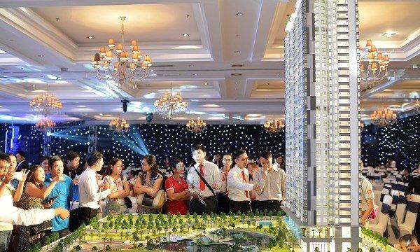 Rầm rộ mở phân phối dự án bất động sản