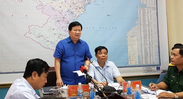 Phó Thủ tướng Trịnh Đình Dũng chủ trì cuộc họp, yêu cầu các bộ, ngành đảm bảo an toàn hồ chứa, đê điều, các đập thủy điện