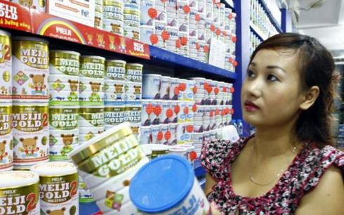 Giá sữa bán lẻ sẽ được một vài công ty gửi báo cáo lên Bộ Công Thương hoặc một vài địa phương được. (Ảnh minh họa: KT)