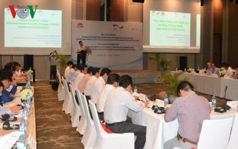Các đại biểu khắp các tỉnh thành vùng ĐBSCL về dự hội thảo
