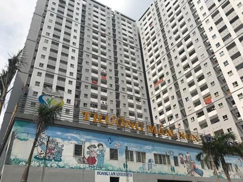 Theo kiến trúc ban đầu, tầng 2 chung cư là nhà gửi xe nhưng giai đoạn này đã bị biến thành trường mầm non tư thục
