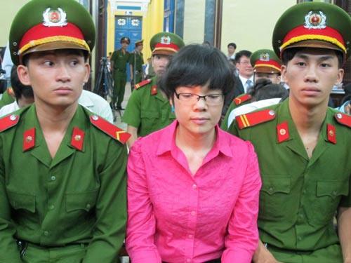 Bị cáo Huỳnh Thị Huyền Như trong phiên tòa giai đoạn 1