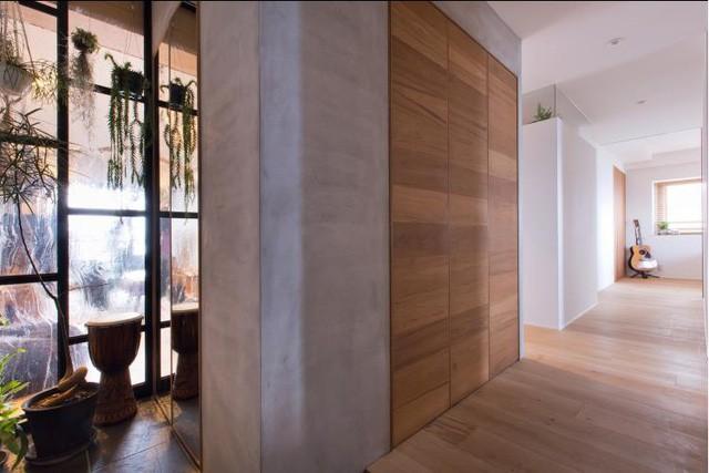 Trong căn hộ này, tất cả các khu vực được kết nối liền mạch và càng trở nên thoải mái, dễ chịu hơn với lối thiết kế tận dụng tối đa nguồn ánh sáng tự nhiên.