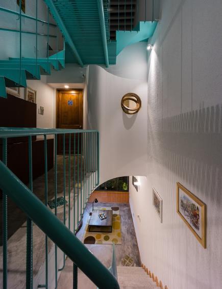 Phòng ngủ được kiến trúc dễ làm và gọn gàng.