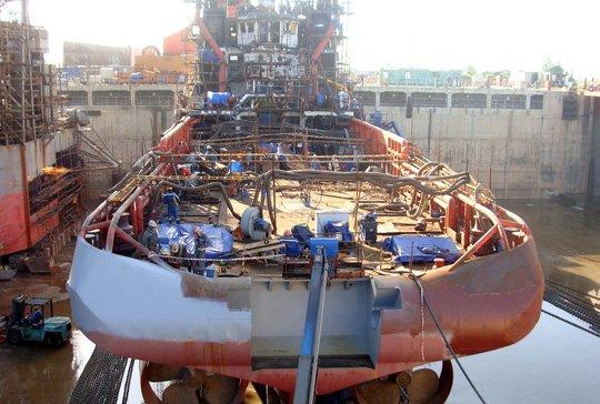 Dự án đóng tàu Dung Quất do PVN tiếp nhận từ Vinashin