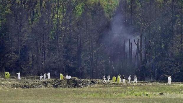 Những hành khách trên chuyến bay United Airlines Flight 93 giành quyền kiểm soát từ tay kẻ không tặc.