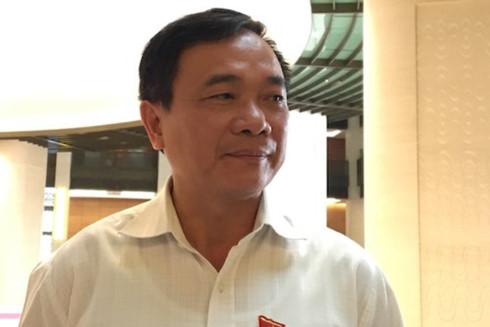 ĐB Mai Sỹ Diến (Đoàn Thanh Hóa).