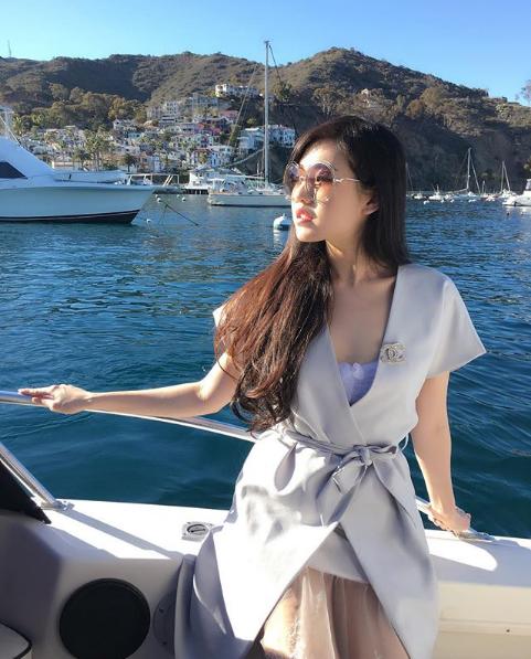 Những cuộc dạo chơi bằng du thuyền không phải ai cũng có điều kiện để trải nghiệm.