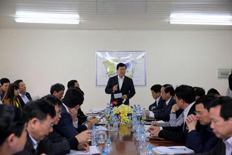 Phó Thủ tướng làm việc với các Ban Quản lý dự án. Ảnh: VGP/Xuân Tuyến