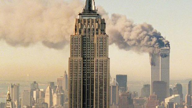 Nhờ hai tiếp viên dũng cảm thông báo tin tức về những kẻ không tặc mà FBI mới nhanh chóng xác định được chủ mưu là al-Qaeda.