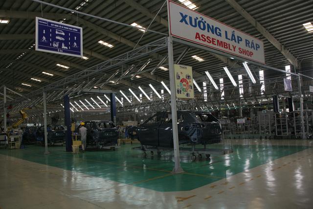 Xưởng lắp ráp xế hộp du lịch của Thaco