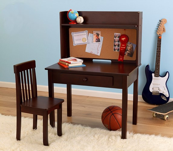 Những mẫu bàn ghế được ưa chuộng cho phòng của bé - Ảnh 7.