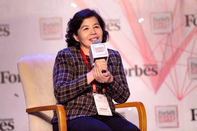 Những nữ doanh nhân quyền lực nhất trên thương trường Việt Nam nhưng vẫn không quên thiên chức người giữ lửa cho tổ ấm, có một người là tỷ phú đô la thế giới - Ảnh 2.