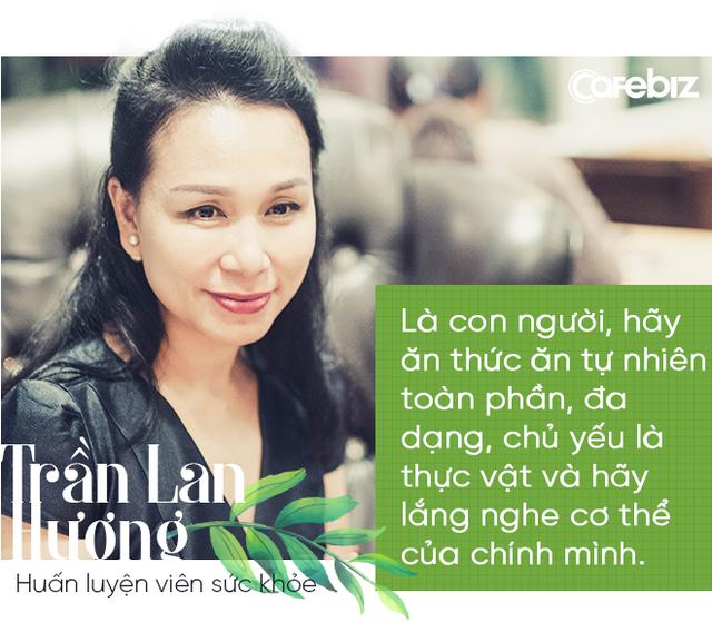 """Huấn luyện viên sức khỏe đầu tiên ở Việt Nam: """"Người trẻ cứ trải nghiệm đi, sân si đi nhưng nên biết tới tâm linh càng sớm càng tốt để không ngã quỵ"""" - Ảnh 3."""
