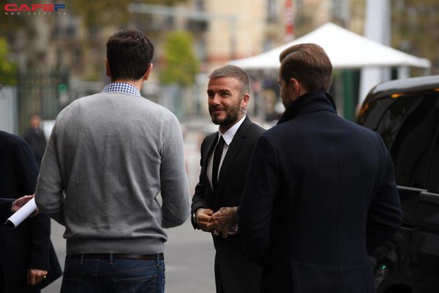 HOT: David Beckham vừa xuất hiện đầy phong độ và đẳng cấp tại sự kiện ra mắt ô tô VINFAST ở Paris! - Ảnh 2.