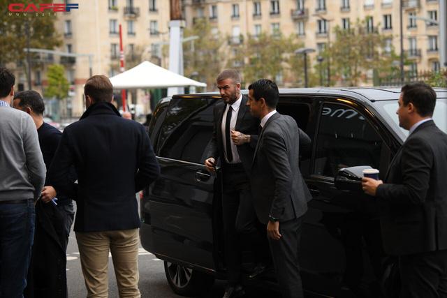 HOT: David Beckham vừa xuất hiện đầy phong độ và đẳng cấp tại sự kiện ra mắt ô tô VINFAST ở Paris! - Ảnh 1.
