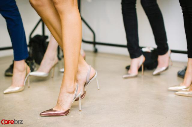 Là phụ nữ, đừng tự ti: Phụ nữ hoàn toàn có thể tự tin nắm giữ vị trí cao nhất doanh nghiệp như đàn ông nhờ 6 điểm mạnh này - Ảnh 1.
