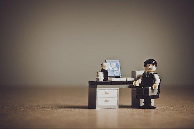 Cứ 3 doanh nhân thì có 1 người bị trầm cảm: Trở nên siêu giàu hay gục ngã vì trầm cảm, chìa khóa nằm trong tay bạn - Ảnh 1.