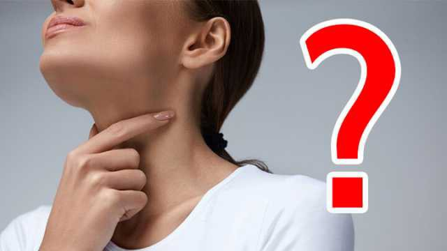 Bị nghẹt mũi khi cảm cúm, nên hỉ ra ngoài hay nuốt đờm xuống bụng thì tốt hơn? - Ảnh 1.