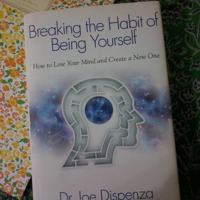 10 cuốn sách gối đầu giường của các doanh nhân nổi tiếng có thể khiến bạn đổi đời - Ảnh 6.