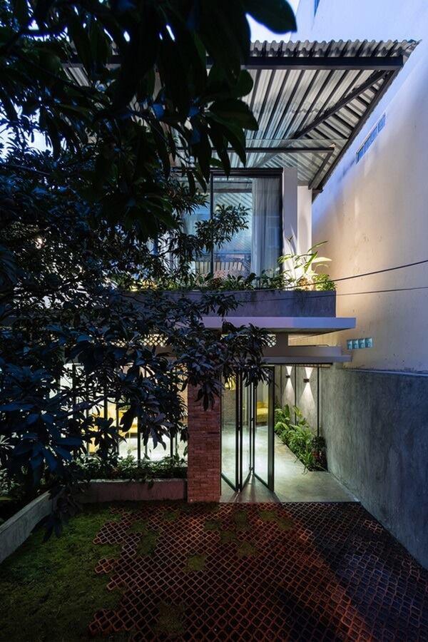 Ngôi nhà cấp 4 cải tạo đẹp như resort giữa Sài Gòn xuất hiện trên báo Mỹ - Ảnh 5.