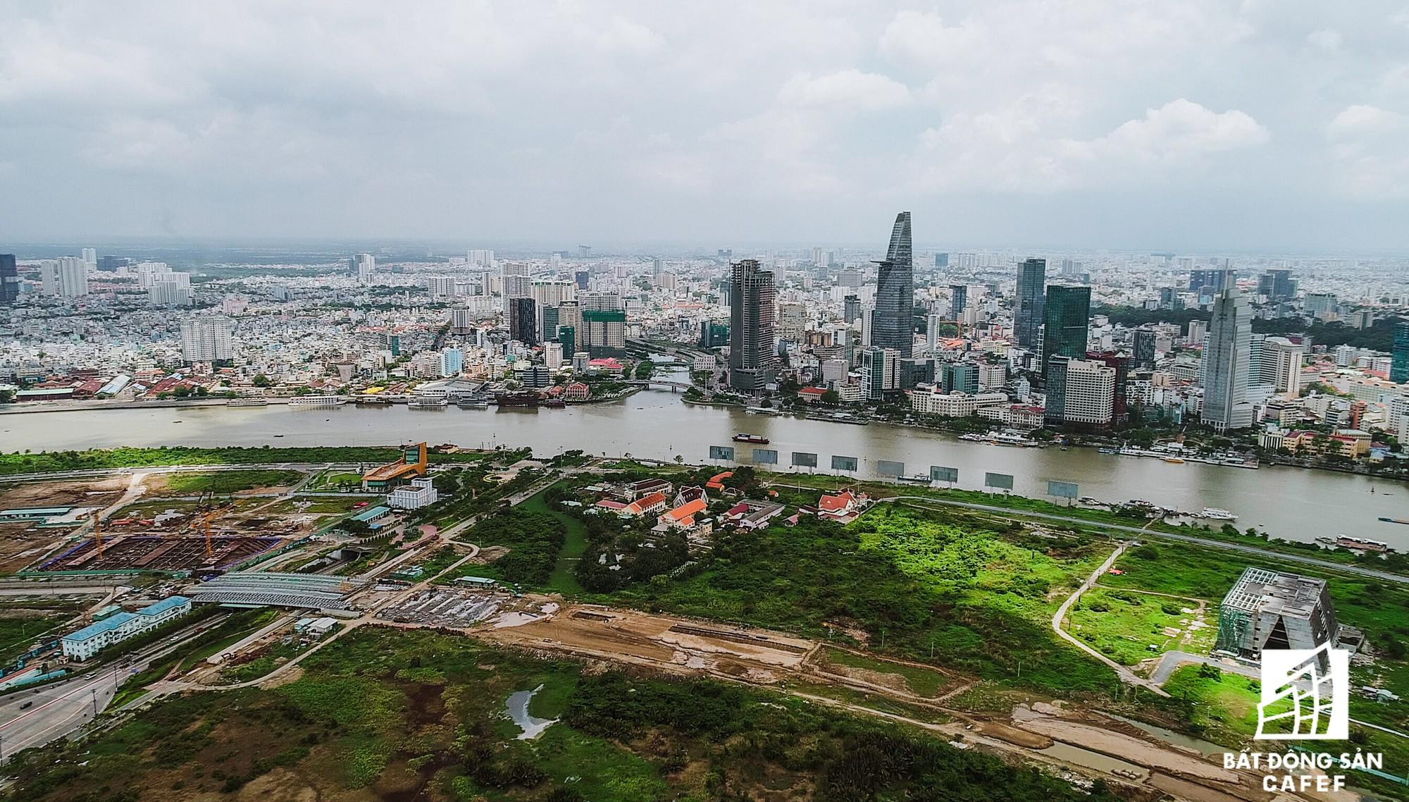 Cận cảnh khu đất vàng tại Thủ Thiêm, nơi dự kiến xây nhà hát giao hưởng 1.500 tỷ đồng - Ảnh 2.