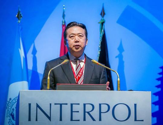 Interpol đề nghị Trung Quốc trả lời về chủ tịch mất tích - Ảnh 1.