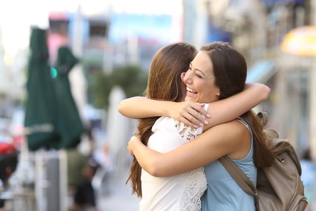 Sẽ rất ít gặp bạn thân nhưng tình cảm đối với họ ngày càng gắn kết