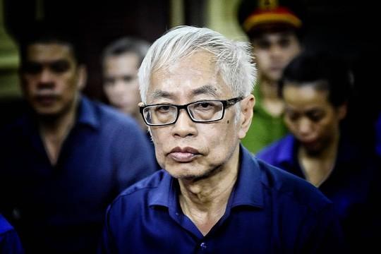 Ông Trần Phương Bình giải đáp nguyên do người thân đứng tên mua cổ phần DAB - Ảnh 1.
