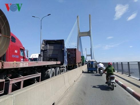 Doanh nghiệp vận tải TP HCM lao đao vì giá nhiên liệu và phí, thuế  - Ảnh 1.