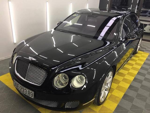 Bentley Continental Flying Spur cũ giá sốc 2 tỷ đồng - Giá hời để làm đại gia? - Ảnh 1.