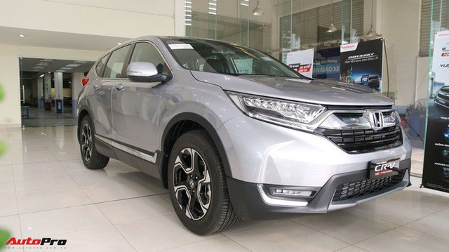 Ma trận giá xe năm 2018 tại Việt Nam: Xe tăng liên tiếp, xe giảm hơn nửa tỷ đồng - Ảnh 1.