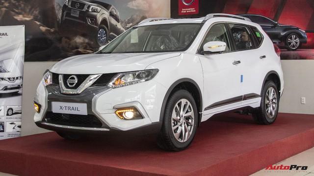 Ma trận giá xe năm 2018 tại Việt Nam: Xe tăng liên tiếp, xe giảm hơn nửa tỷ đồng - Ảnh 3.