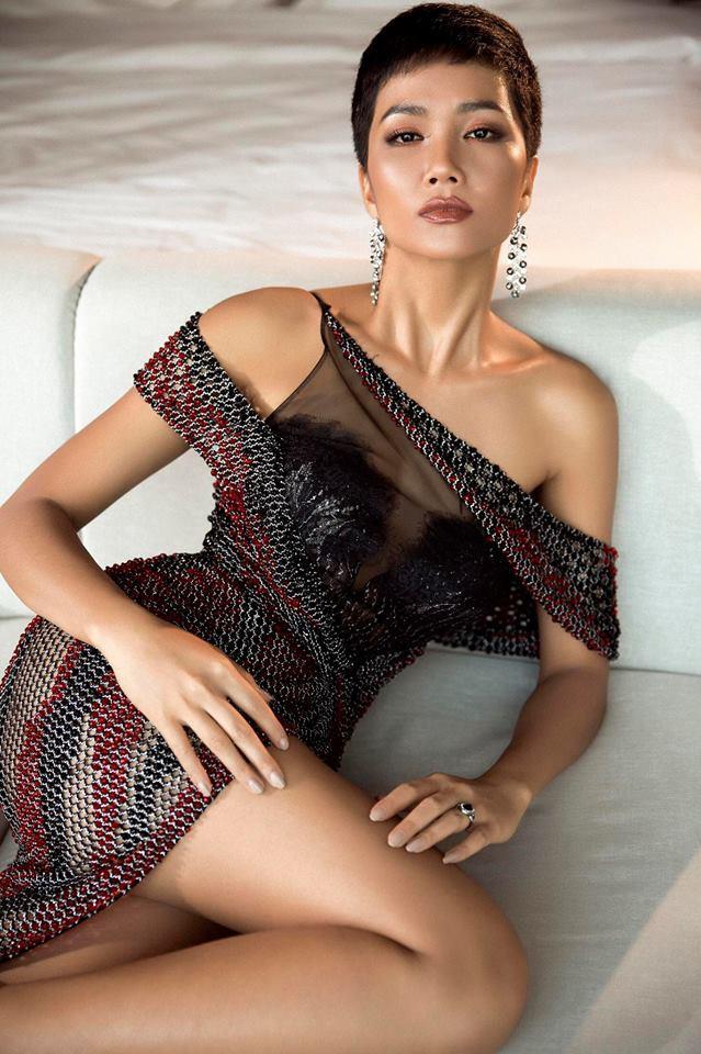 Những hình ảnh đẹp khó quên đưa HHen Niê tới kỳ tích top 5 Miss Universe: Từ bikini tới đầm sequin dạ hội, tất cả đều chinh phục trái tim người hâm mộ!  - Ảnh 7.