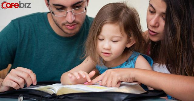 """Kính gửi các bố mẹ: Nếu không sớm bỏ 8 thói quen này thì đừng thắc mắc tại sao con nhà mình không bằng con nhà người ta""""! - Ảnh 2."""