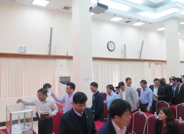 Lấy phiếu tín nhiệm Bộ trưởng, các Thứ trưởng Bộ GTVT - Ảnh 3.