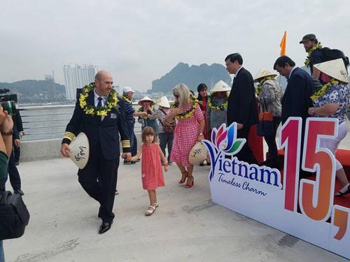 Du lịch đặt mục tiêu đón 103 triệu khách năm 2019 - Ảnh 1.