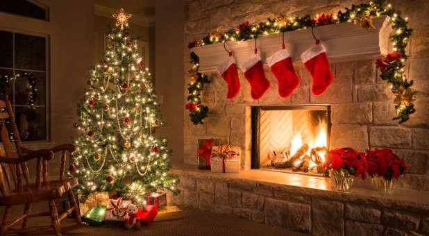 Choáng ngợp khung cảnh Noel ở các trường ĐH: Con nhà giàu sướng thật, đón Giáng sinh cũng chảnh hơn người! - Ảnh 3.
