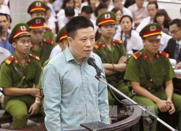 Tội danh mới cho cựu Chủ tịch HĐQT Oceanbank Hà Văn Thắm - Ảnh 1.