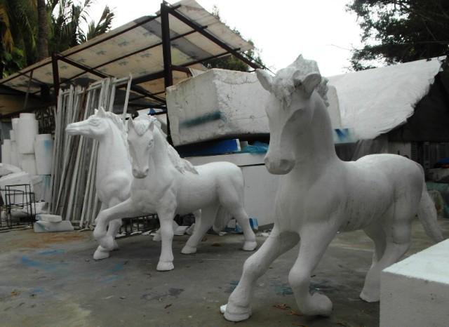 Nhìn lại hình ảnh những linh vật ở đường hoa Nguyễn Huệ trong 5 năm trở lại đây - Ảnh 1.