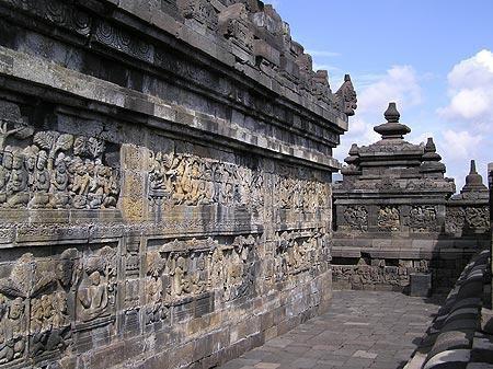 Ngôi đền Phật giáo lớn nhất thế giới: Nơi ngắm bình minh và hoàng hôn tuyệt đẹp! - Ảnh 7.