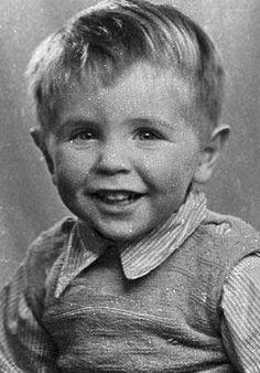 Những bức ảnh ít người biết tới về thời trẻ của giáo sư thiên tài Stephen Hawking - Ảnh 1.