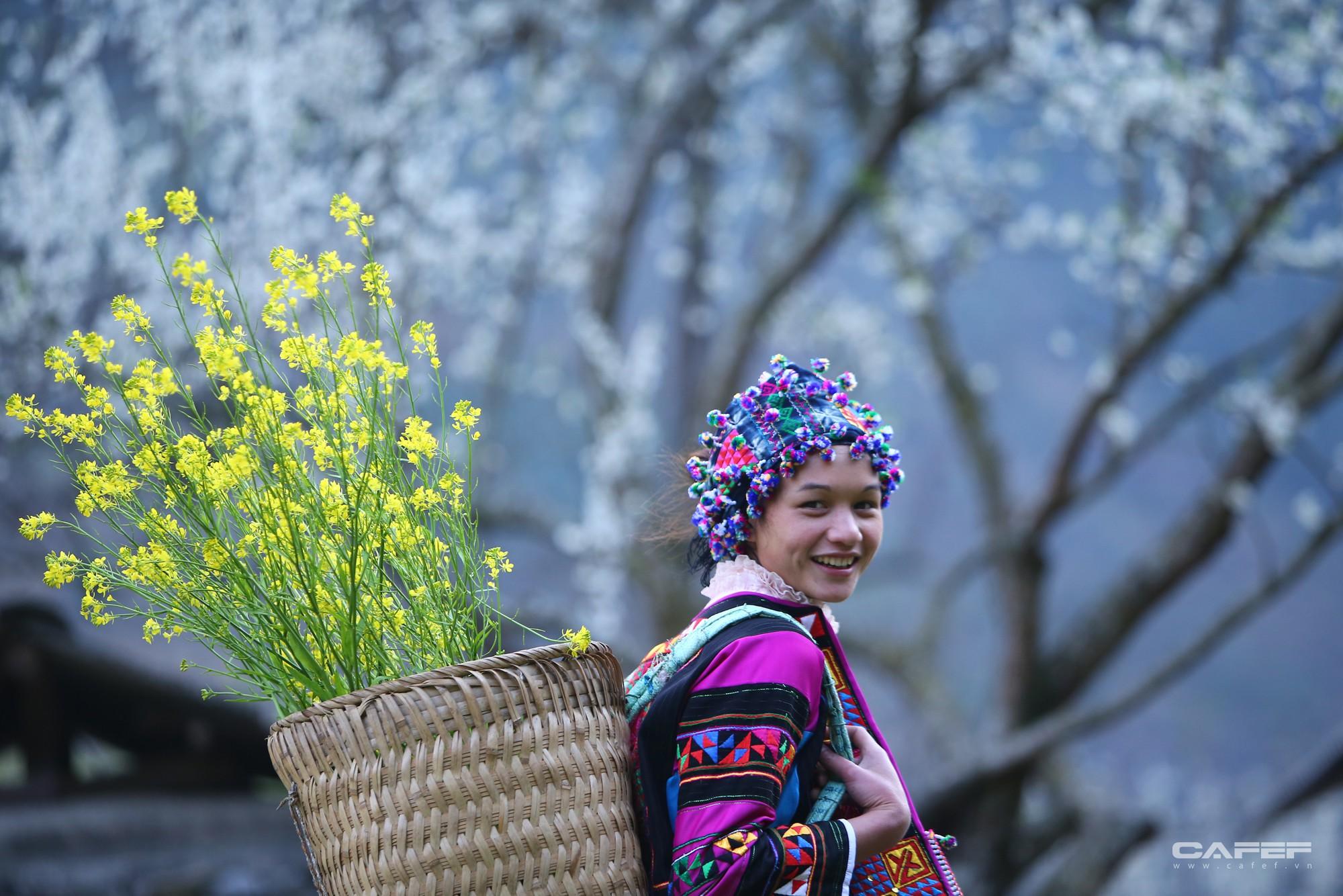 Đến Hà Giang mùa xuân, ngẩn ngơ xem đá nở hoa - Ảnh 16.