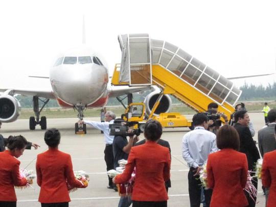 Sớm nâng cấp, mở rộng sân bay Phú Bài - Ảnh 1.
