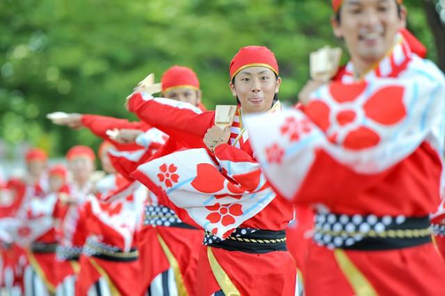 Câu chuyện về Yosakoi: Điệu nhảy vực tinh thần Nhật Bản sau chiến tranh rồi trở nên nổi tiếng toàn thế giới - Ảnh 2.