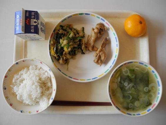 Vì sao bữa trưa ở trường của trẻ em Nhật Bản được coi là chuẩn mực cho cả thế giới? - Ảnh 4.