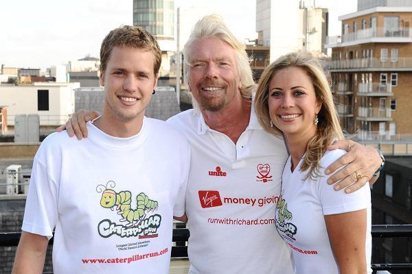 Bài học dạy con gái về thành công của tỷ phú Richard Branson: Lắng nghe tất cả mọi người - Ảnh 1.