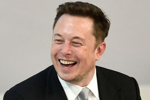 Block 5 phút - Cách thức làm việc căng như dây đàn của Elon Musk - Ảnh 1.