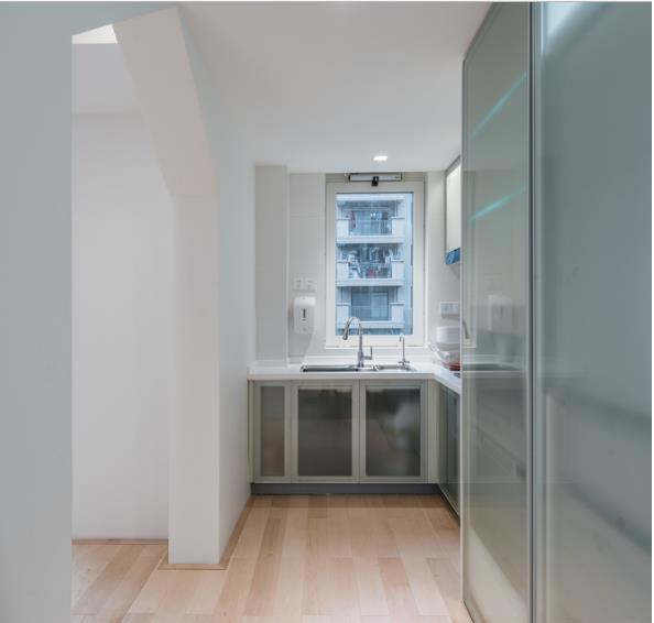 Thiết kế phá cách, ấn tượng của căn hộ cao tầng hơn 100m2 cho gia đình có con nhỏ - Ảnh 9.